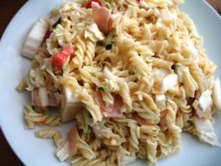 Studený těstovinový salát