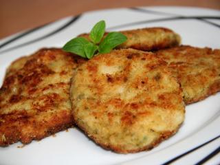 Květákovo-brokolicové karbanátky se sýrem