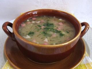Hrstková polévka se šunkou