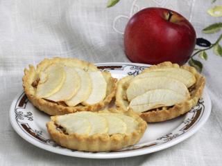 Jablečno-ořechové košíčky