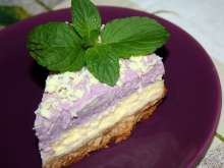 Cheesecake s borůvkovou šlehačkou