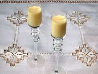 Kokosovo-vaječný likér