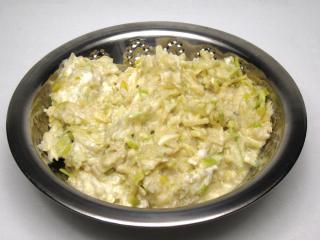 Jablečný kořeněný salát