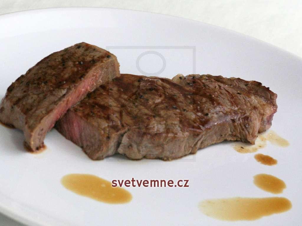 Steaky z hovězí roštěnky