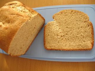 Jemný celozrnný chléb