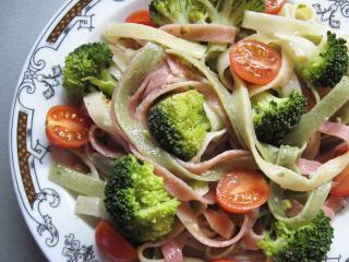 Fettuccine s brokolicí