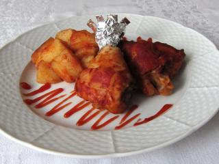 Pečené kuře s bramborami na kečupu