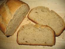 Chléb s arašídovým máslem