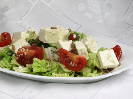 Zeleninový salát se sýrem Feta