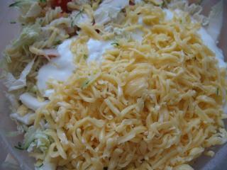 Míchání salátu