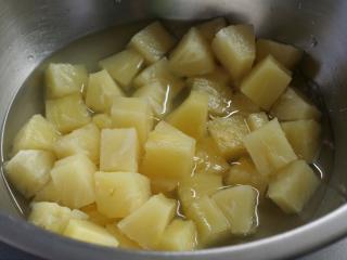 Rozmixujeme ananas