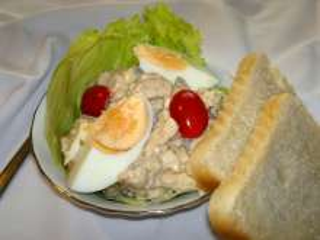 Lahodný kuřecí salát