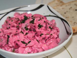 Řepný salát s majonézou
