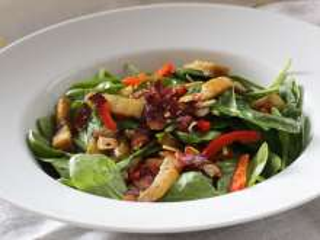 Salát se špenátovými listy