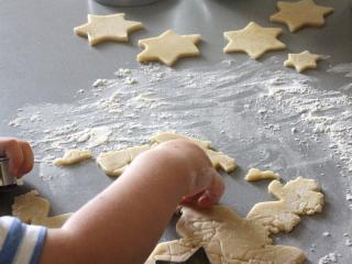 Pečení a plnění hvězdiček