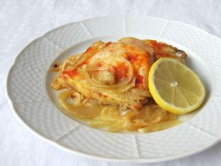 Rybí filé na cibuli