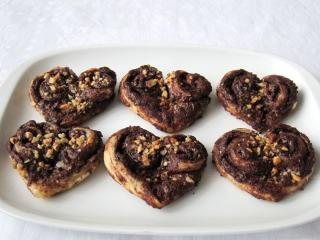 Čokoládovo-oříšková srdíčka
