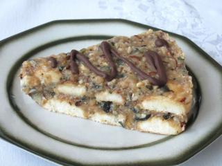 Nepečený jablečný dort s oříšky