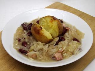 Zelno-fazolová polévka Šutolica (Šutelica)
