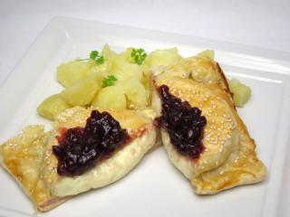 Camembert v listovém těstě