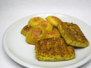 Grilované tofu s česnekem a kari