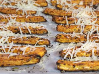 Sladké brambory s parmazánem