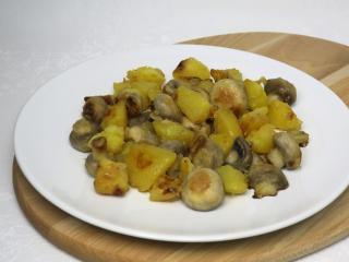 Opékané žampiony s bramborami