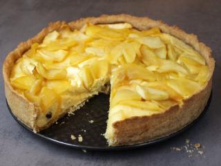 Tvarohovo medový koláč s jablky