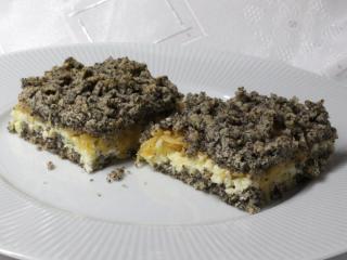Makový strouhaný koláč