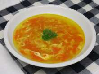 Vajíčková polévka s mrkví