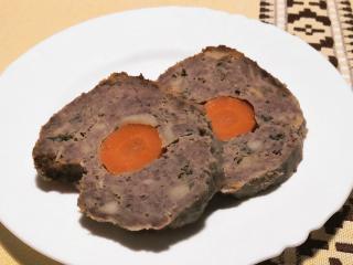 Hovězí sekaná s mrkví