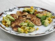 Kuřecí plátky s kukuřično-avokádovou salsou
