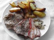 Marinované vepřové steaky se slaninou