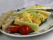 Míchaná vajíčka s jarní cibulkou