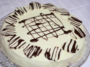 Valentýnský vanilkovo-jahodový dort