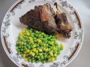 Argentinský zajíc s hráškem a kukuřicí