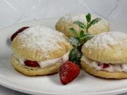 Slovenské pampúšiky s jahodovým krémem