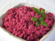 Salát z červené řepy s celerem a jogurtem