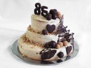 Třípatrový kaštanový dort