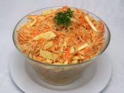 Celerovo-mrkvový salát se sýrem
